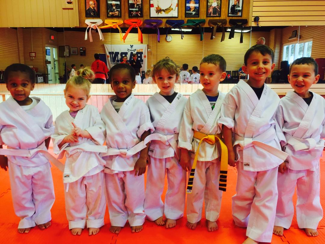 Kinder kenpo karate